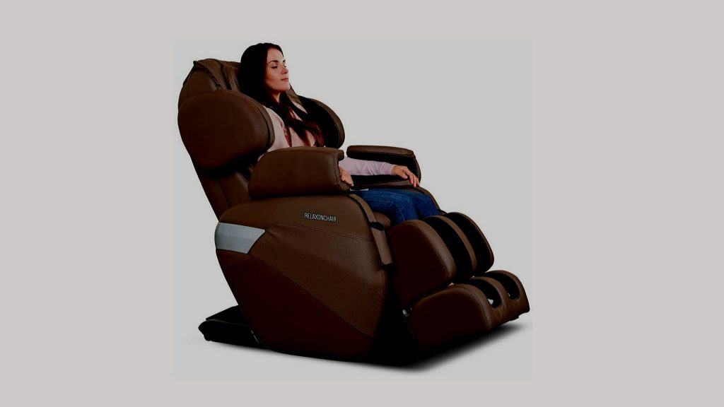 3 REASONS TO BUY A MASSAGE CHAIR